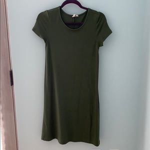 Comfy forest green dress